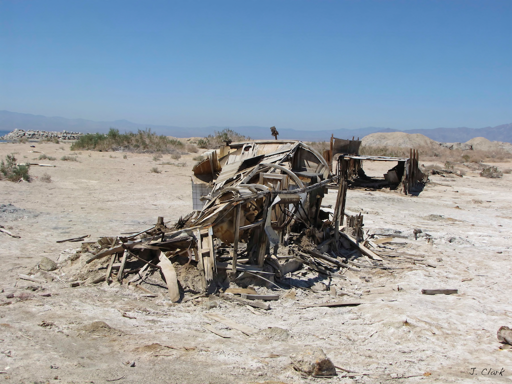 Salton Sea Bombay Beach famous 1087